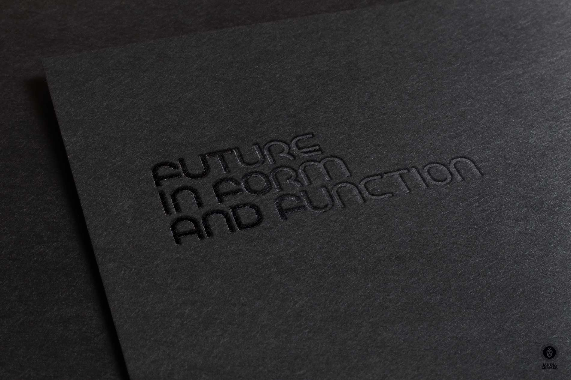 Janina-Lermer-Markenentwickung-Markengestaltung-Branddevelopment-Branddesign-Del-Rosario-Schrift-Font-Silk-Stamping-Praegung