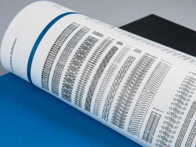 Janina-Lermer-Buchgestaltung-Magazingestaltung-Editorialdesign-Bleisatz-Handgedruckt-Handprinted-Werkstatt-Fliegenkopf