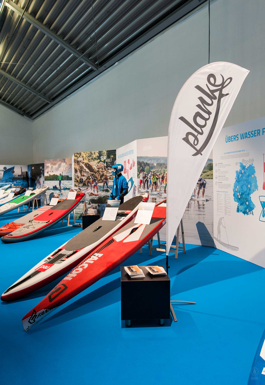 Janina-Lermer-GestaltungImRaum-Overview-SUP-Welt-World-Planke