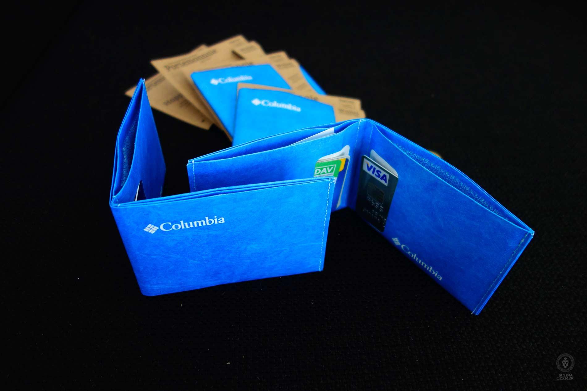 Janina-Lermer-Verpackung-Packaging-Geldbeutel-Wallet-Paprcuts-2-Columbia