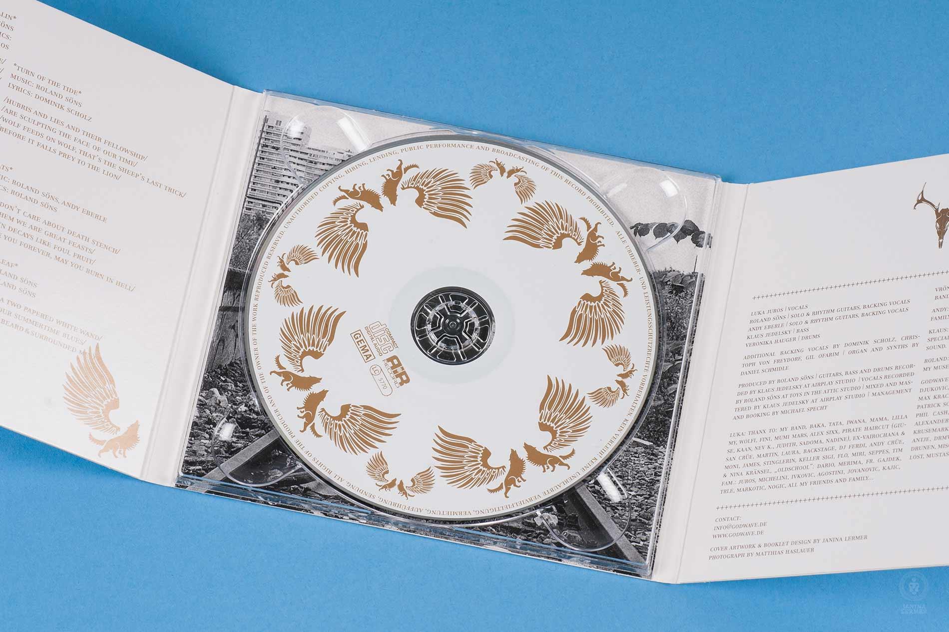 Janina-Lermer-Verpackungsgestaltung-Packagingdesign-CD-Cover-Open-Band-Godwave