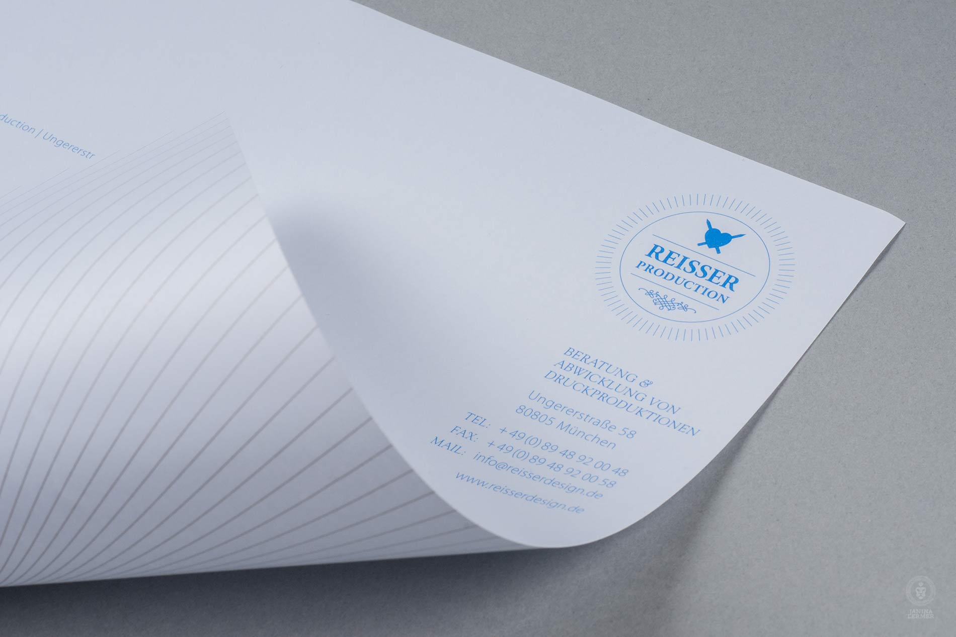 Janina-Lermer-Markengestaltung-Branddesign-Corporate-Design-Reisserdesign-Stationary-Briefpapier-Backside-Rueckseite